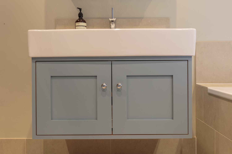 Large Contemporary Surrey Bathroom Design Installation