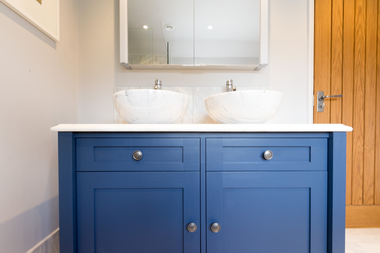 Marble Wet Room Design & Installation | Jeremy Colson Bathrooms Surrey