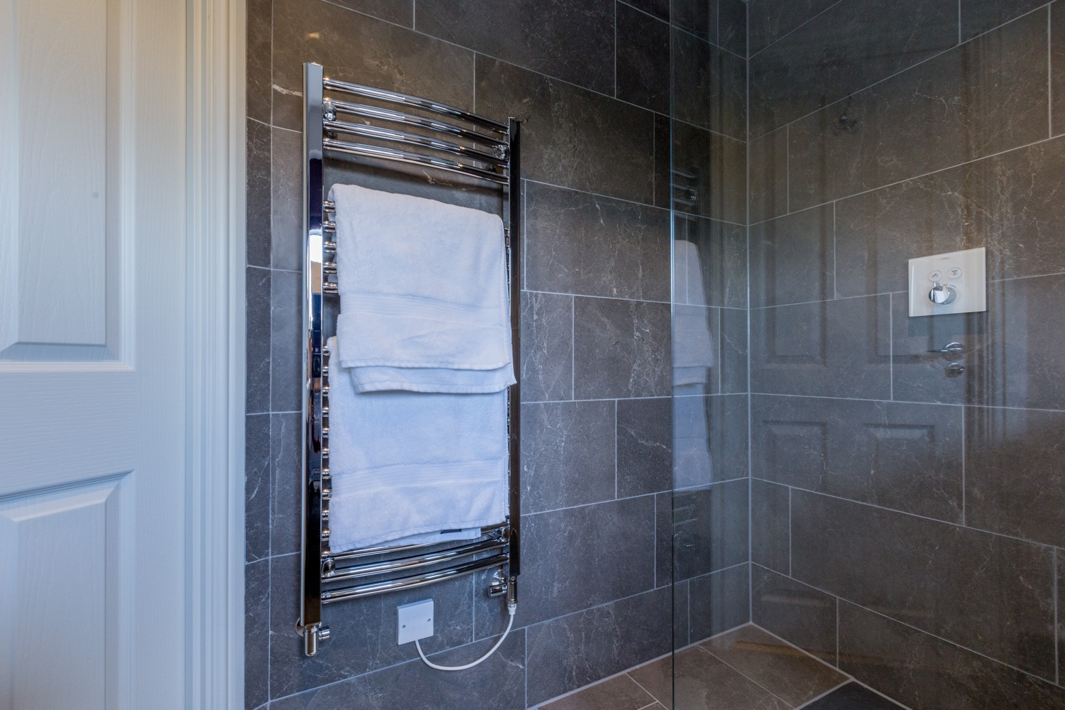 Contemporary Shower Room Design & Installation | Jeremy Colson ...