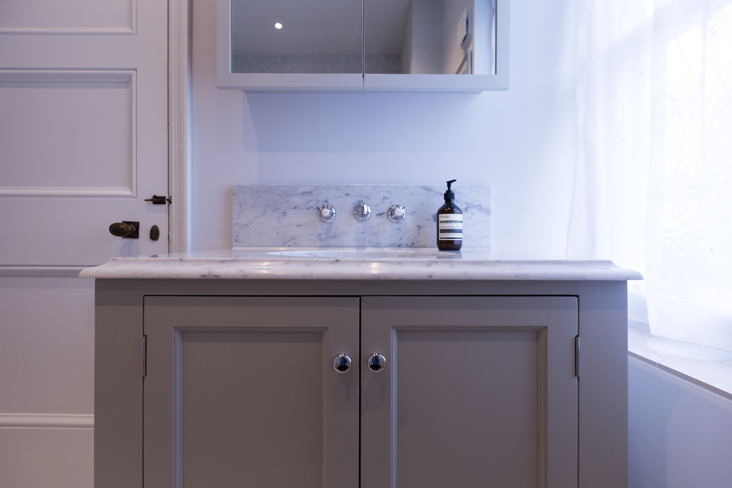 Classic Marble And Porcelain Bathroom Design Installation Jeremy Colson Bathrooms Surrey