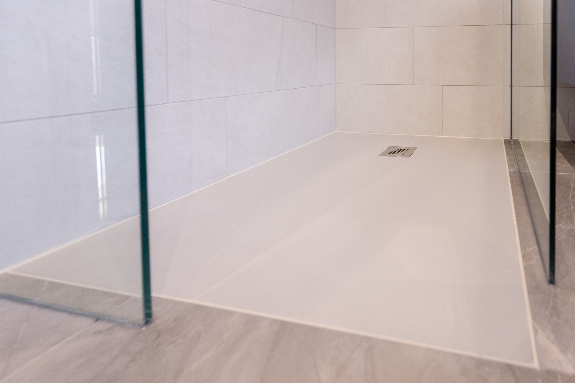 Contemporary Porcelain Bathroom Design Installation Jeremy