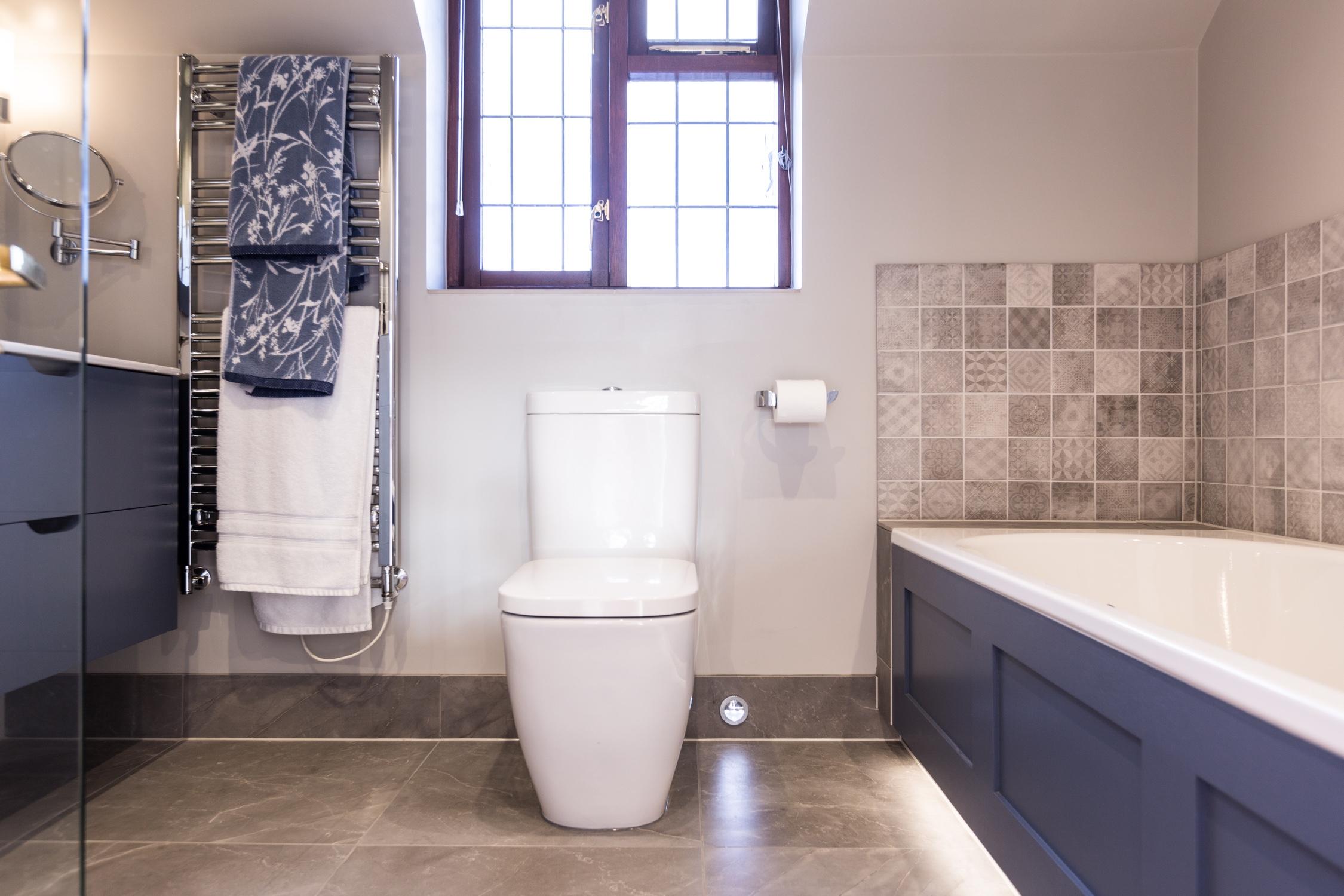 Contemporary Porcelain Bathroom Design & Installation | Jeremy ...