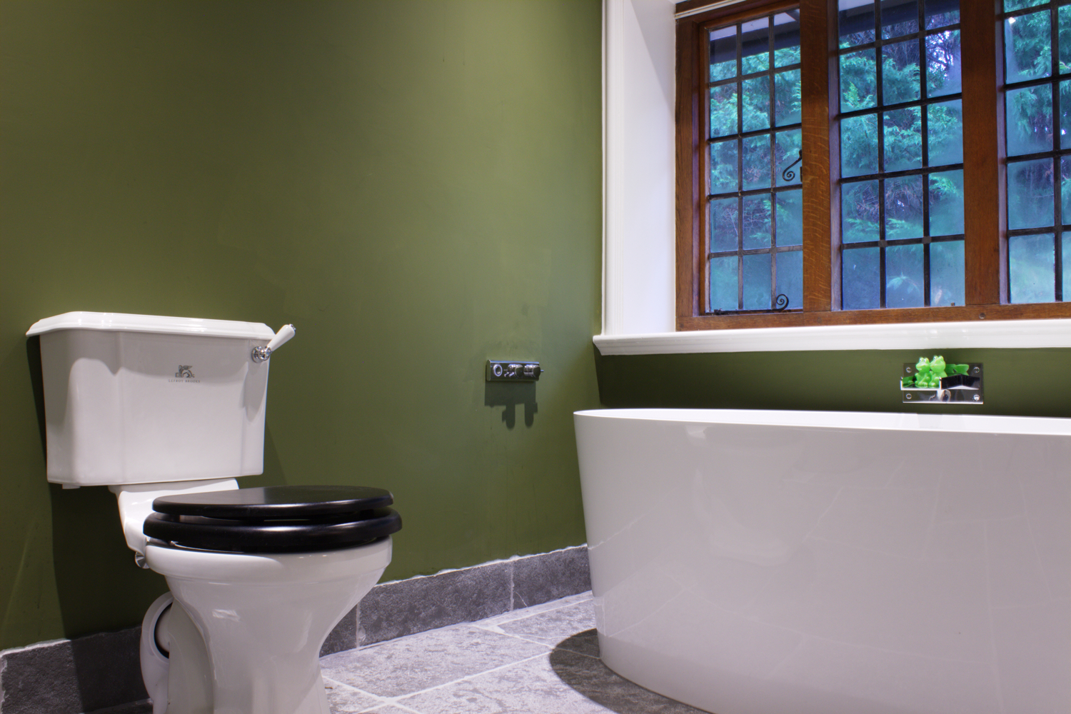 Haslemere Arts Crafts Bathroom Design Installation Jeremy Colson Bathrooms Surrey